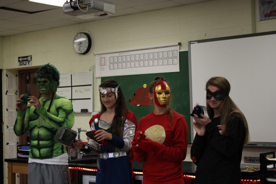 Chemistry+students+celebrate+Mol+Day